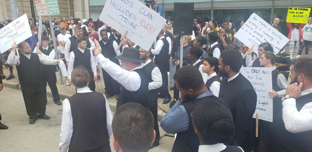 Mennonites counter klan